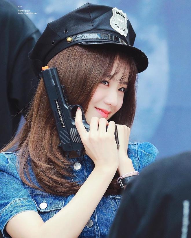 Nhan sac hang dau Kpop cua ban gai tin don Son Heung-min hinh anh 18