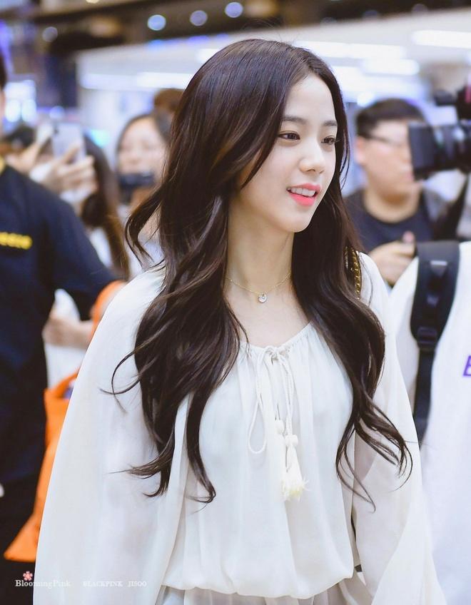 Nhan sac hang dau Kpop cua ban gai tin don Son Heung-min hinh anh 13