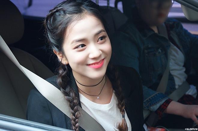Nhan sac hang dau Kpop cua ban gai tin don Son Heung-min hinh anh 11