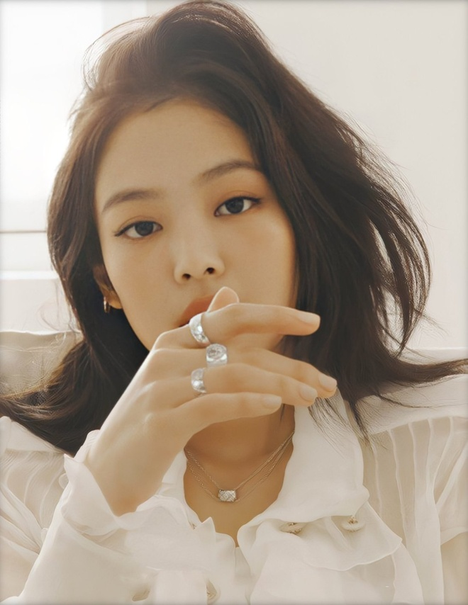 Hinh anh Jennie tren tap chi elle anh 12