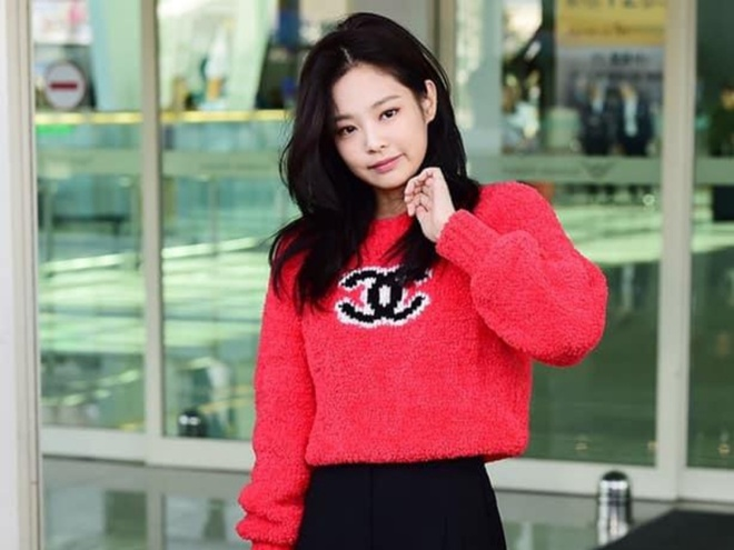 Jennie (Black Pink) dien toan do hieu ra san bay hinh anh 7