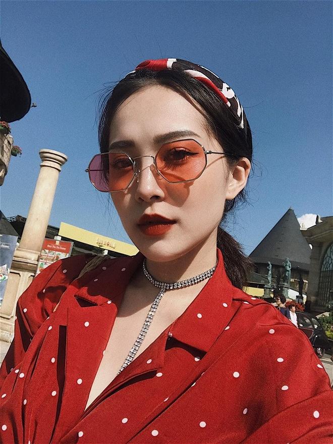 Hoi chi em ho cua Huong Tram: Ai cung xinh nhu hot girl, co ban trai hinh anh 4