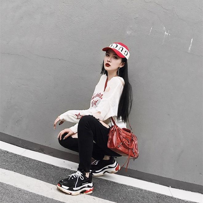 Hoi chi em ho cua Huong Tram: Ai cung xinh nhu hot girl, co ban trai hinh anh 3