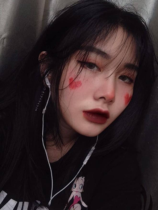 Hoi chi em ho cua Huong Tram: Ai cung xinh nhu hot girl, co ban trai hinh anh 11