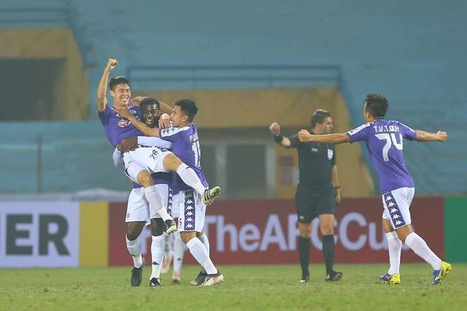 Dan mang buc xuc khi Duy Manh ve nhi binh chon ban thang AFC Cup 2019 hinh anh 3