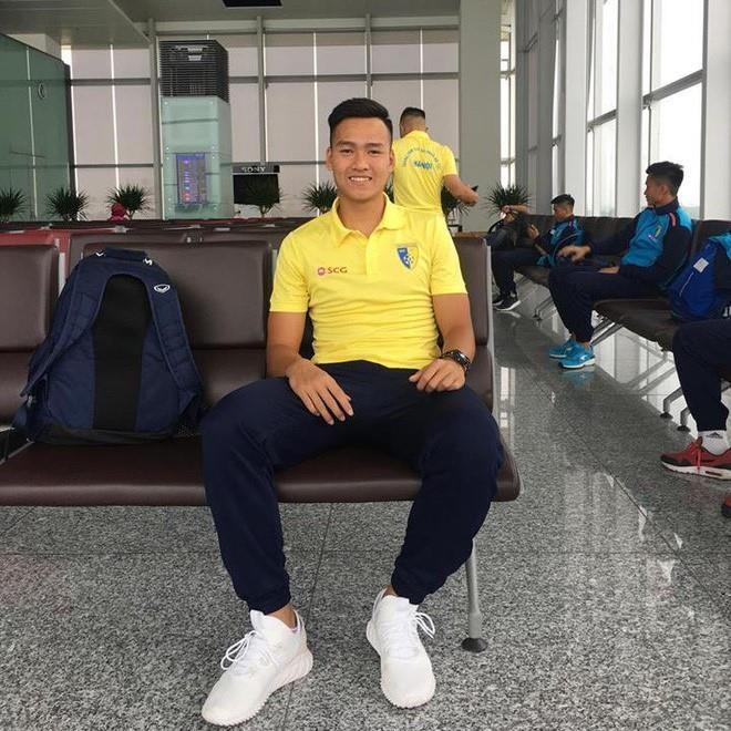 Chang hau ve tranh vi tri 'em ut dien trai' cua Van Hau tai U23 hinh anh 7