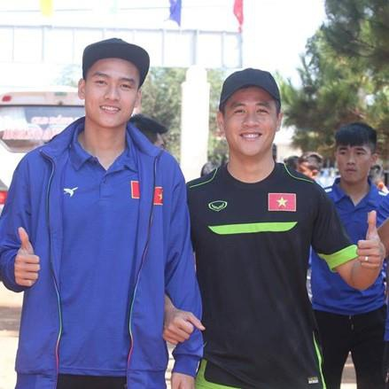Chang hau ve tranh vi tri 'em ut dien trai' cua Van Hau tai U23 hinh anh 6