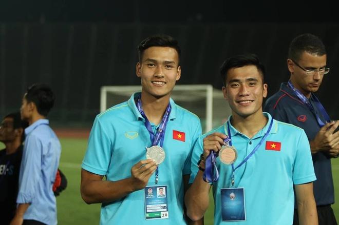 Chang hau ve tranh vi tri 'em ut dien trai' cua Van Hau tai U23 hinh anh 11