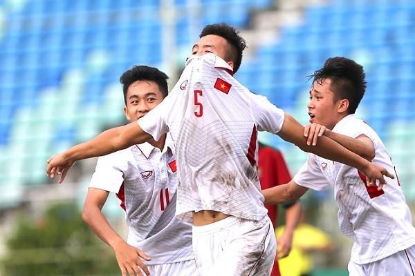 Chang hau ve tranh vi tri 'em ut dien trai' cua Van Hau tai U23 hinh anh 8
