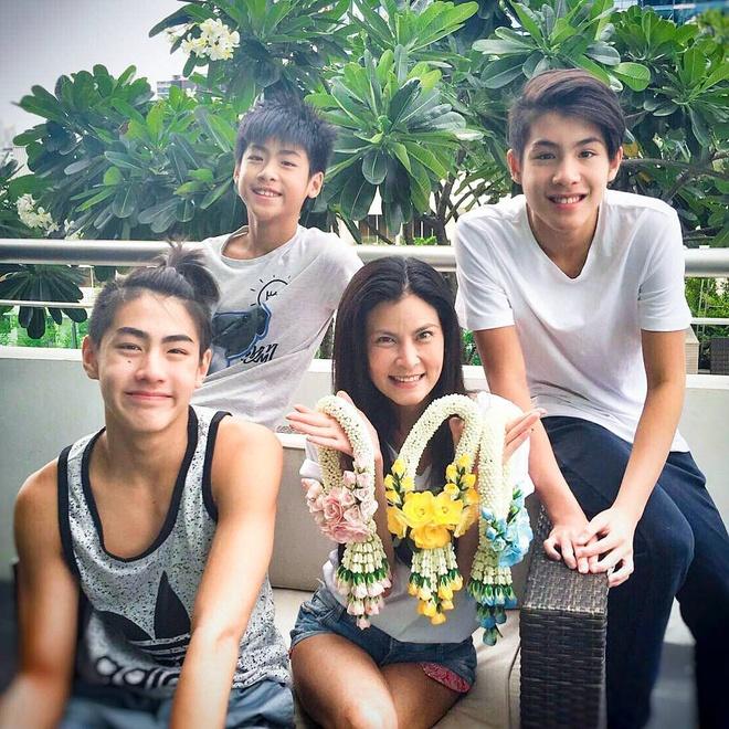 10X Thai Lan dep trai nhu nam than anh 6