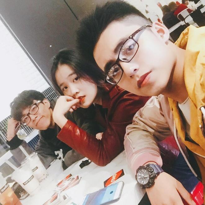 Chup goc nghieng, em trai Son Tung khien fan bat ngo vi giong anh trai hinh anh 2
