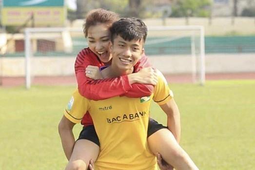 Ban gai tin don cua Phan Van Duc thong bao thi Hoa hau Hoan Vu? hinh anh 3