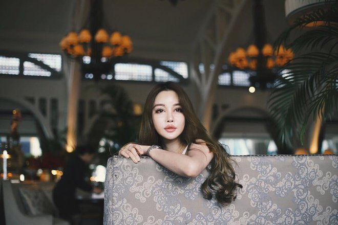 Nu blogger nong bong nhat Singapore anh 7