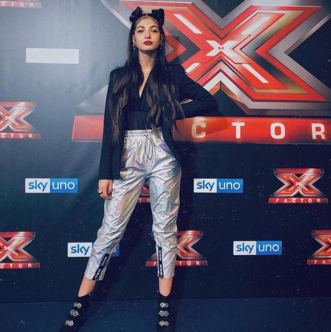 Hot girl 10X co trieu follows, xuat ban tieu thuyet nam 15 tuoi hinh anh 4