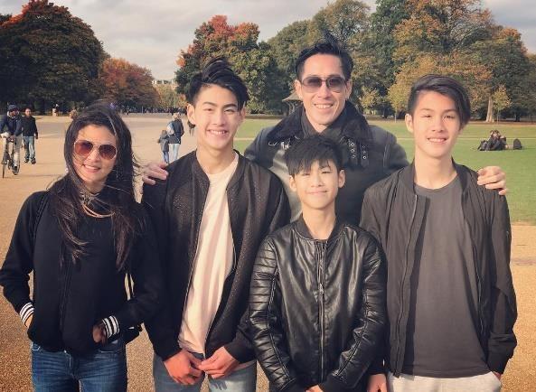 Những gia đình nổi tiếng đẹp cả nhà, 'gen trội' từ cha mẹ đến con