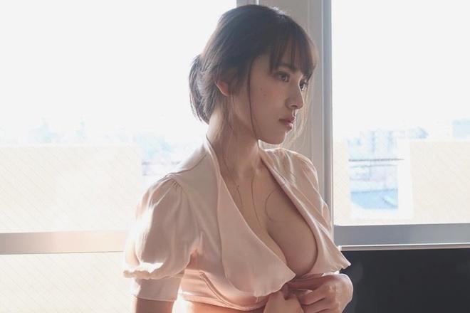 Hot girl nguc khung Nhat Ban anh 6