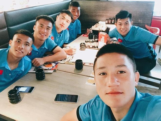 Cau thu dien trai cua Hoang Anh Gia Lai anh 9