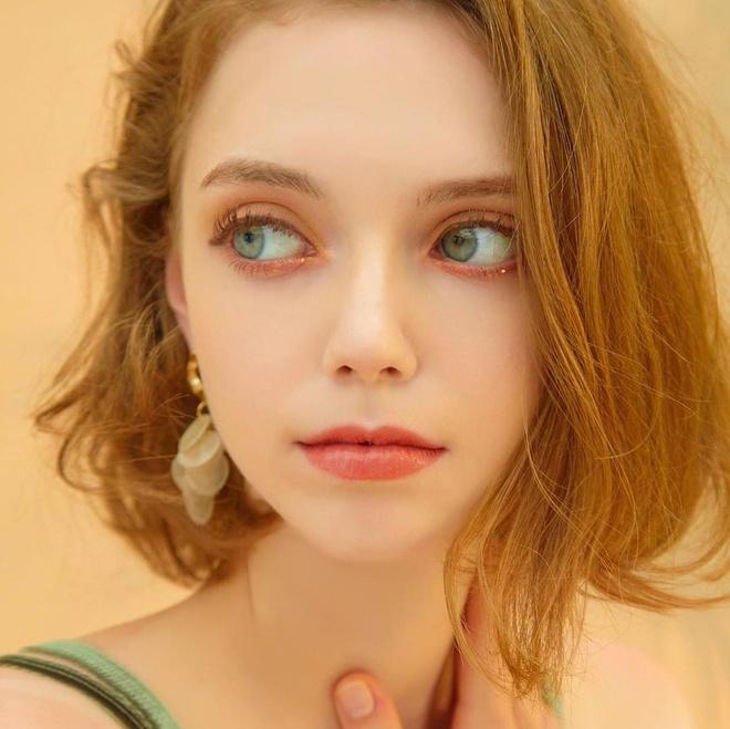 Hot girl Ukraine lam nguoi mau Han Quoc anh 3