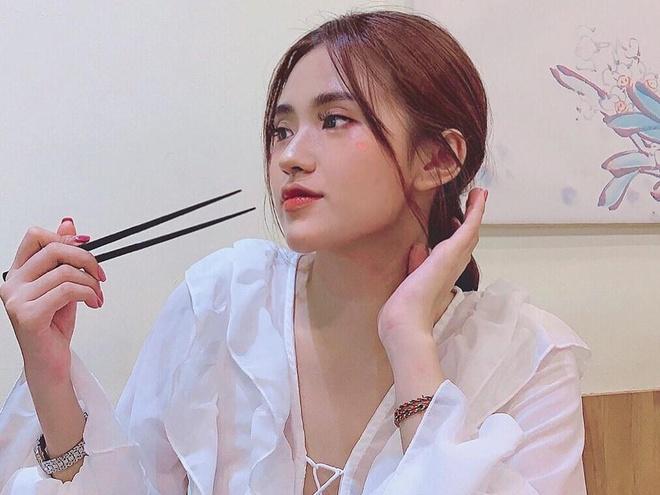 Luong Thuy Linh va nhung hot girl deu la cuu hoc sinh Chuyen Cao Bang hinh anh 9