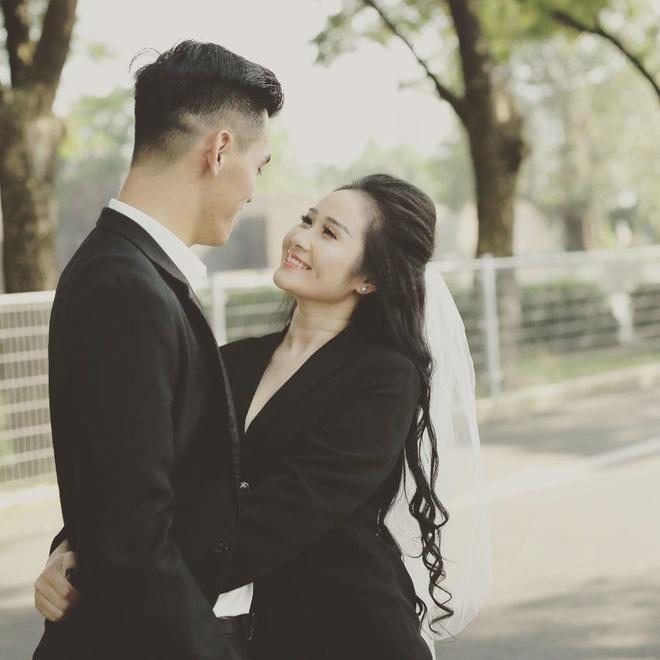 Van Toan, Minh Vuong va nhung cau thu 'chiu canh' yeu xa hinh anh 7