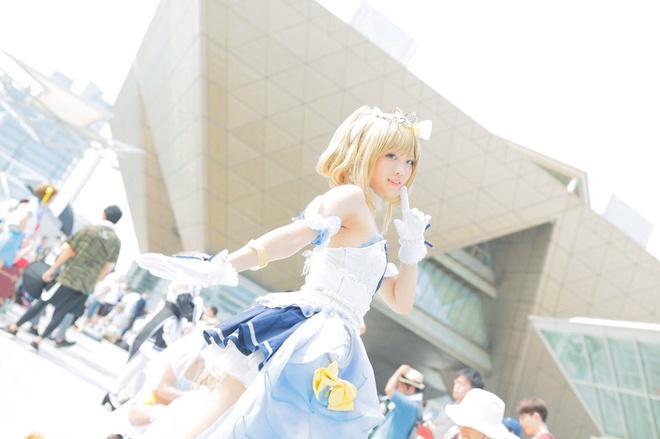 Nhan sắc thật sau lớp son phấn của cosplayer đình đám Nhật Bản