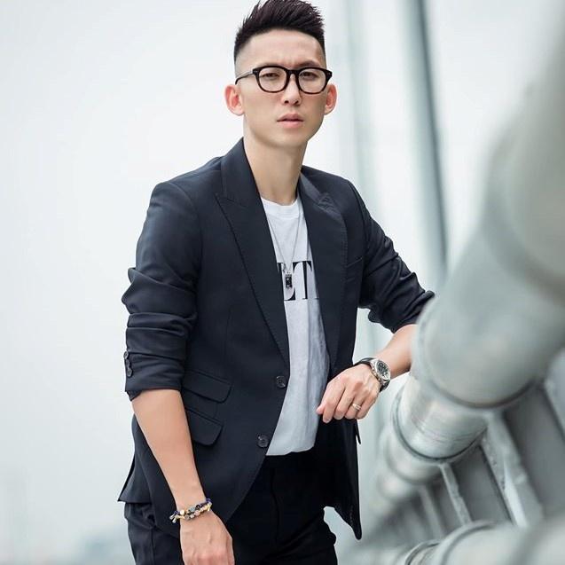 Van Lam, Danh Trung va cac cau thu don tim fan nu bang tai dan hat hinh anh 12