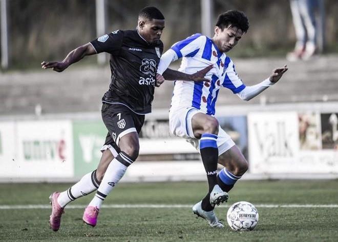 Van Hau co the ra mat doi mot Heerenveen o KNVB Cup hinh anh 1