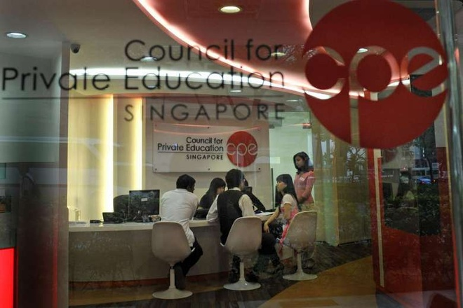 Sinh vien truong tu Singapore that nghiep anh 3