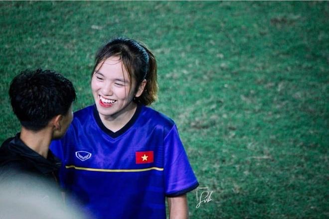 Nhan sac cau thu sinh nam 2002 cua tuyen U19 nu Viet Nam hinh anh 2