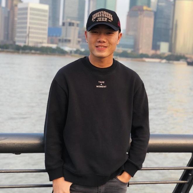Dong MV, lam vlog la 'nghe tay trai' cua hoi cau thu Viet Nam hinh anh 6