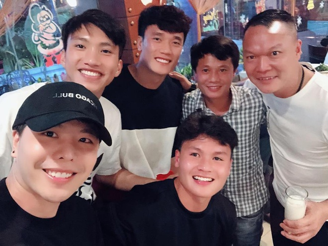 Quang Hai, Duc Chinh, Bui Tien Dung thich khoe giong hat hinh anh 2