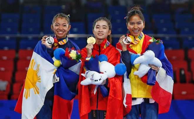 Nhan sac hai nu van dong vien gianh HCV taekwondo tai SEA Games hinh anh 6