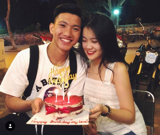 Hanh trinh yeu cua Doan Van Hau va ban gai hot girl hinh anh 5