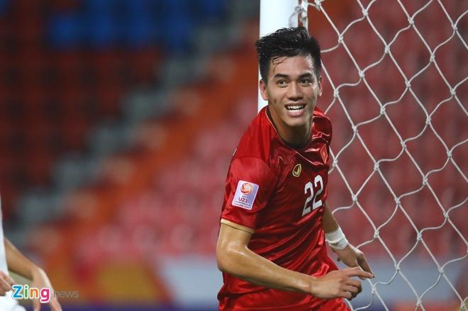 Dan mang buc xuc trong tai phat the vang U23 Viet n.am nhu 'phat li xi' hinh anh 2 4_zing_4_.jpg