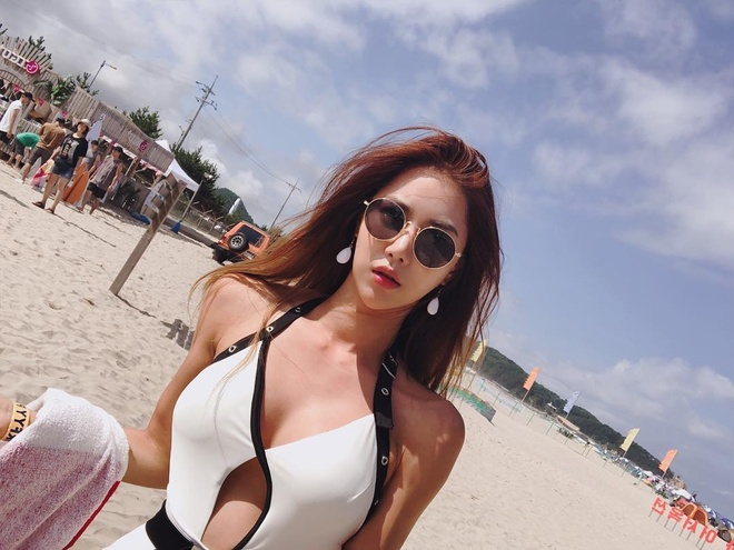 hot girl giao vien anh 4