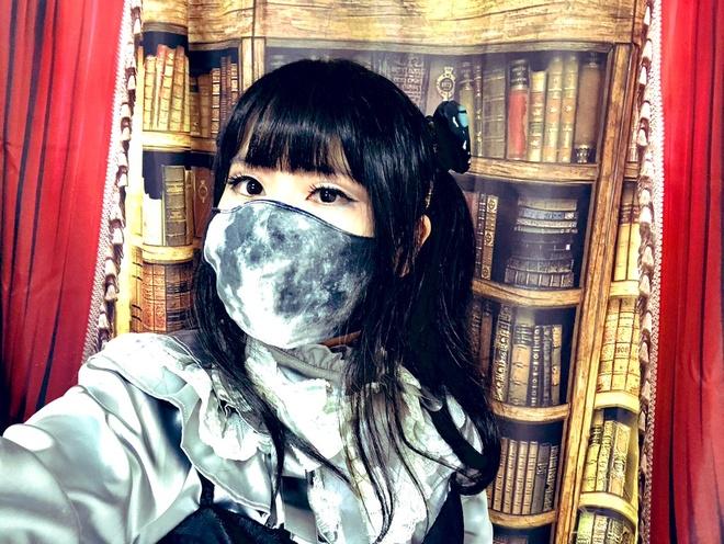 Nàng Lolita Nhật Bản khoe thân hình cơ bắp