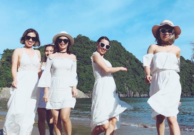 #Mytour: Lenh denh pha dao vinh Lan Ha cung nhom ban than dip 2/9 hinh anh
