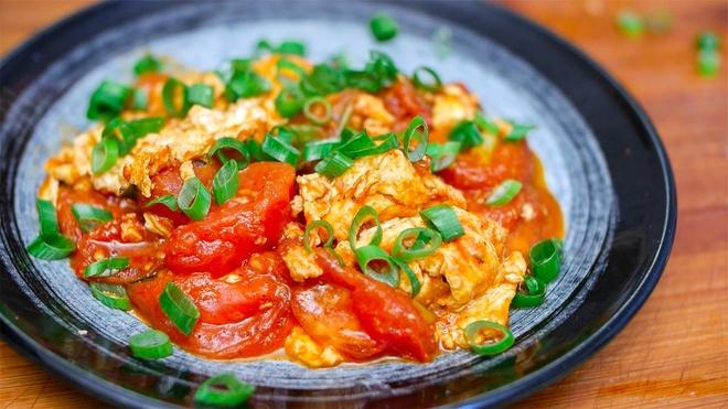 Bí kíp làm trứng sốt cà chua chiều lòng người sành ăn