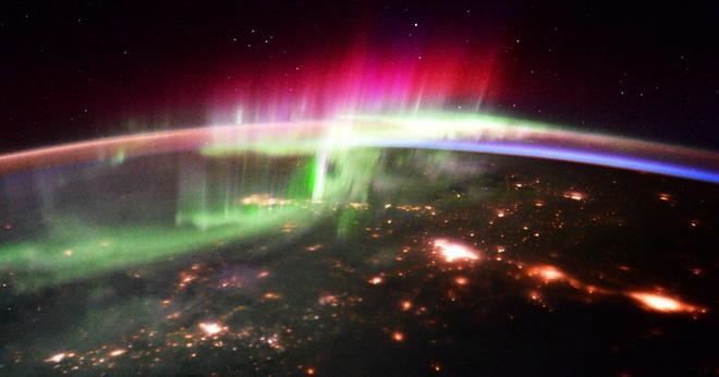 10 cảnh quan tuyệt đẹp của trái đất từ không gian