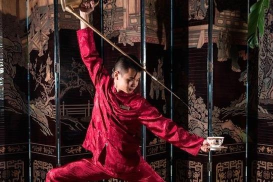 Nghe thuat uong tra Kung Fu co truyen hinh anh