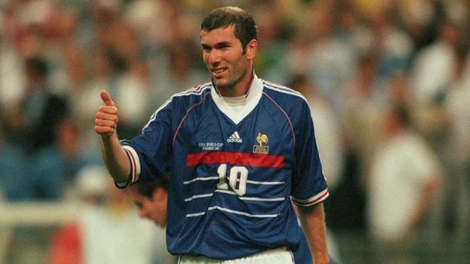 Tai sao Zinedine Zidane tro thanh huyen thoai? hinh anh 3