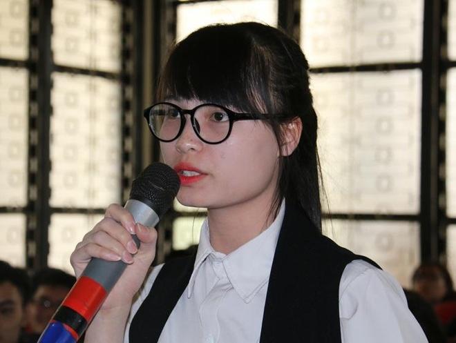 Nu sinh doi luong 2.000 USD: 'Toi khong ao tuong suc manh' hinh anh