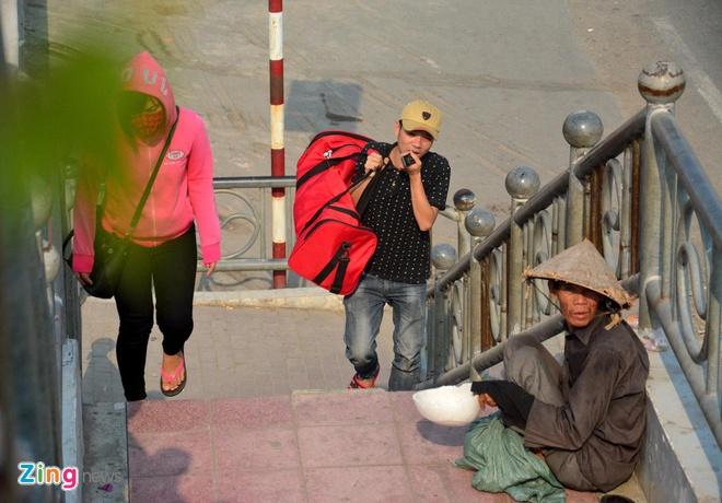 Đề nghị không cho tiền người ăn xin ở Sài Gòn