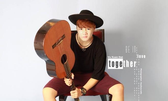 Chang trai 16 tuoi tu thuc hien MV cover 'Di de tro ve' hinh anh 1