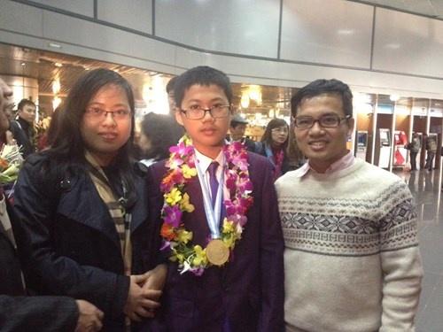 9X Viet gianh huy chuong vang Olympic Vat ly chau A 2017 hinh anh 3