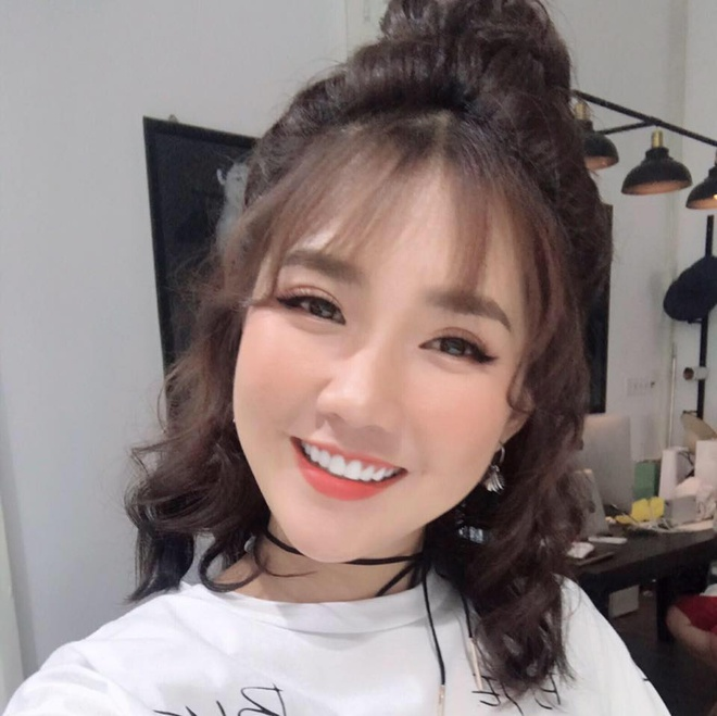 Hot girl Kieu Trinh bat ngo khoe Son Tung M-TP la 'ban trai moi' hinh anh 4