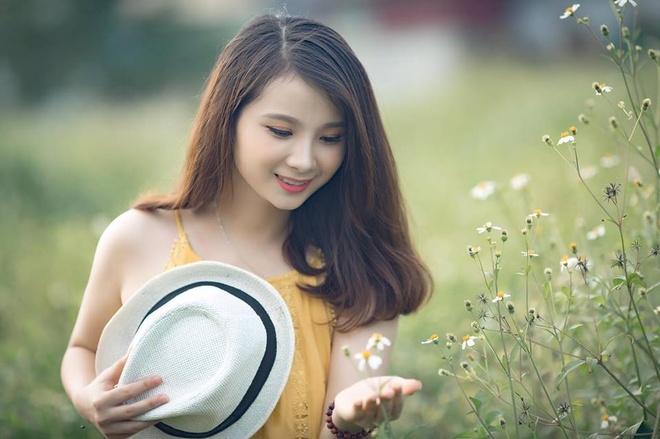 'Hot girl dan toc' noi tieng sau clip thach cuoi 50 trieu dong hinh anh 5