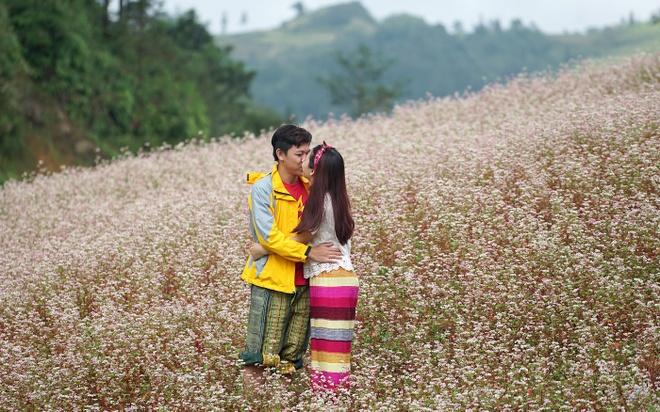 9X Quang Nam cau hon ban gai anh 1