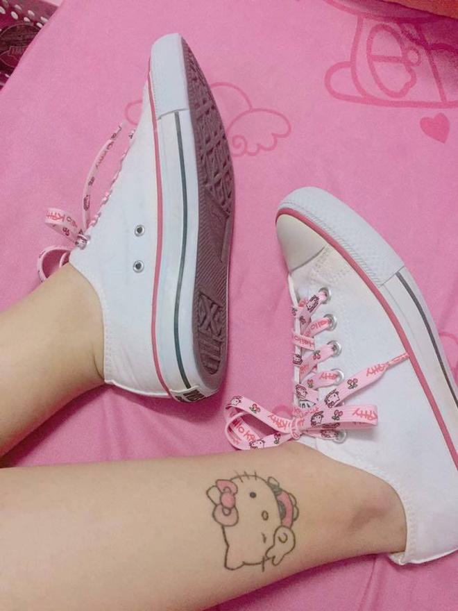 Co nang fan cuong Hello Kitty anh 4