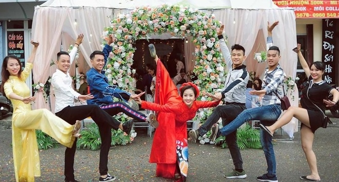 Nhan sac cua vo 'hot boy the duc' Pham Phuoc Hung hinh anh 9